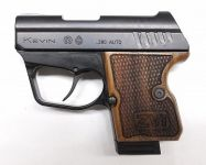 pistole kevin